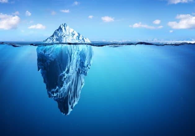 De ijsberg onder water.... - Zilveren Maan